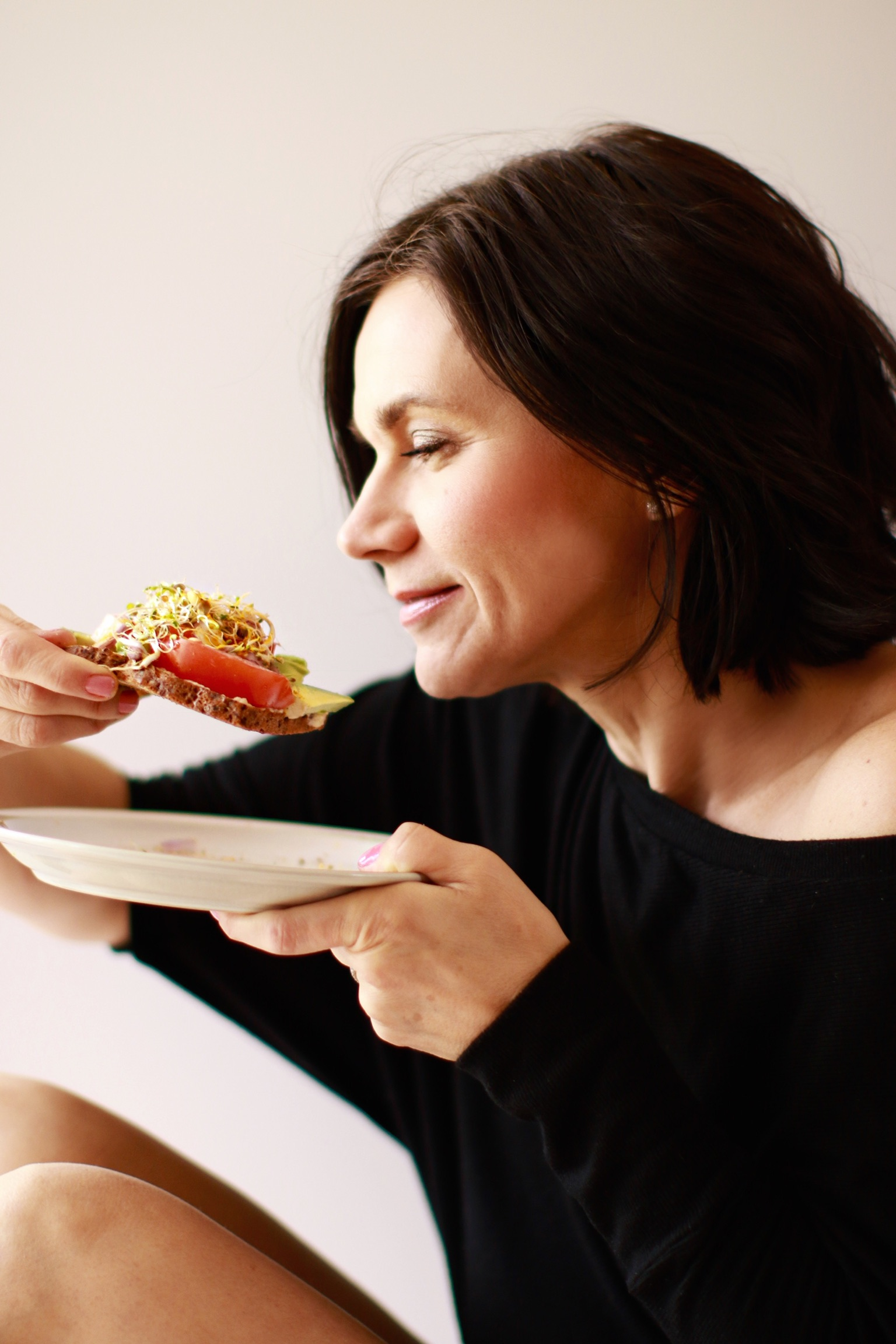 clean eating and wellness for middle aged women