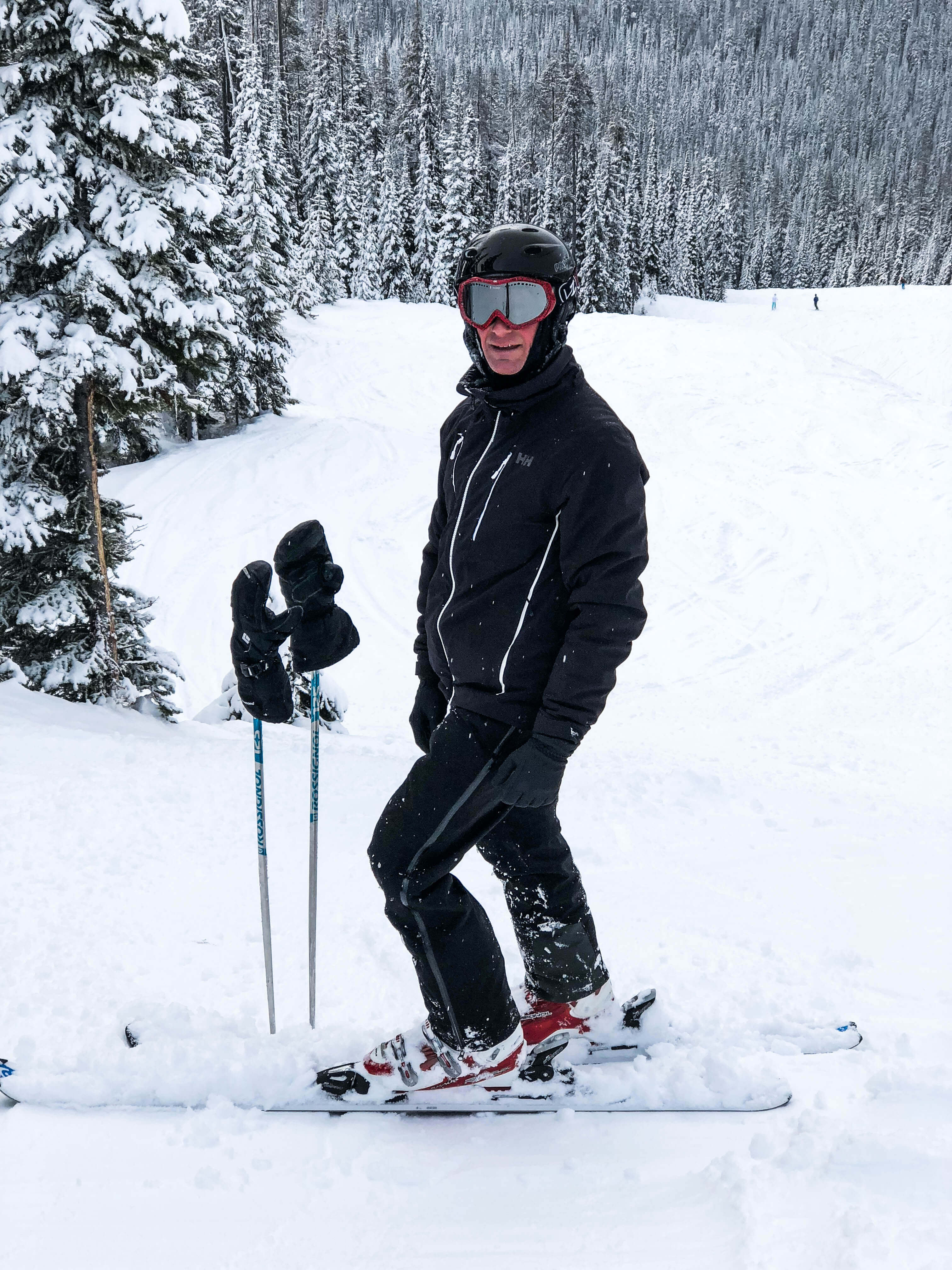 Downhill skiing - male