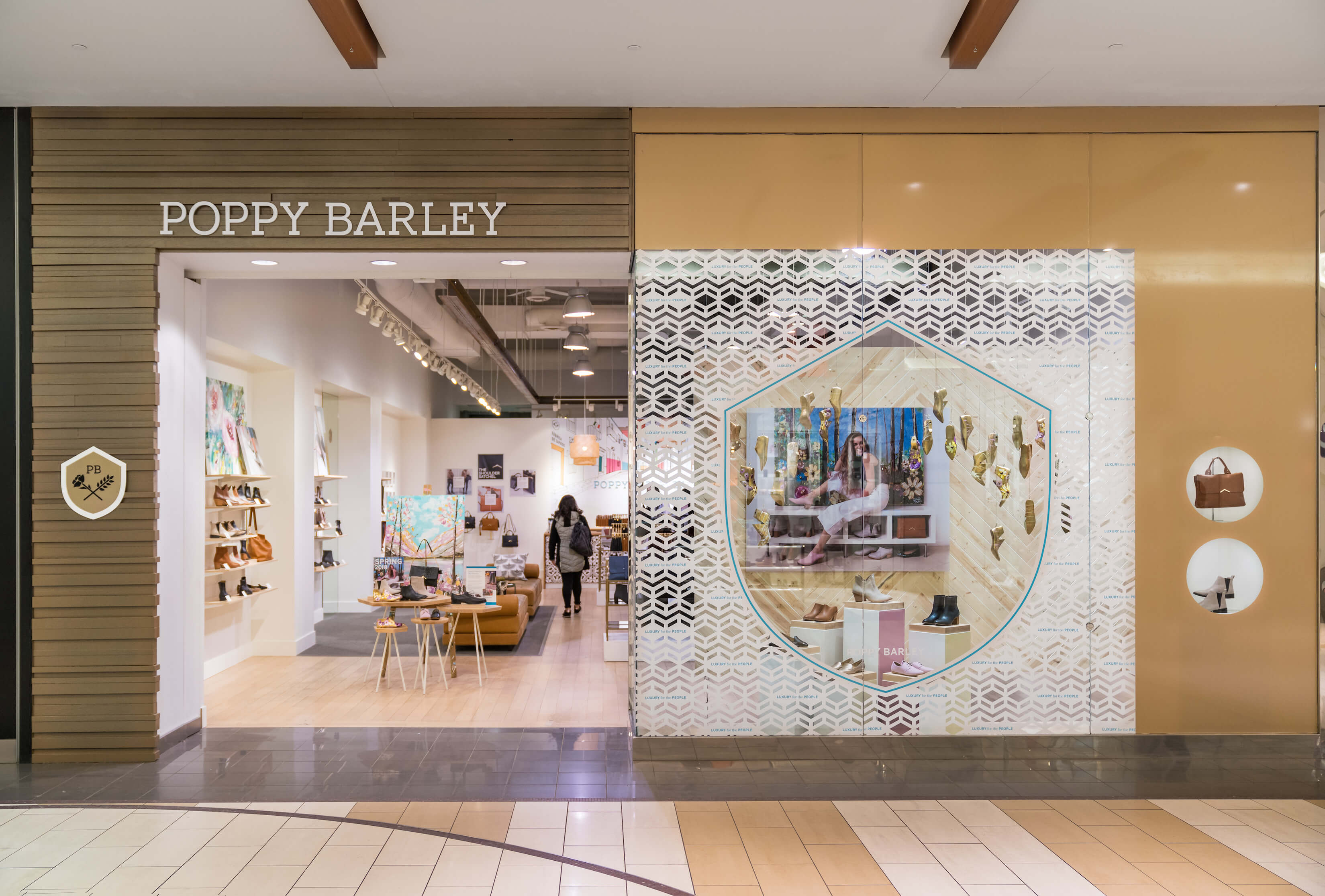 Poppy Barley - store front - D by denise